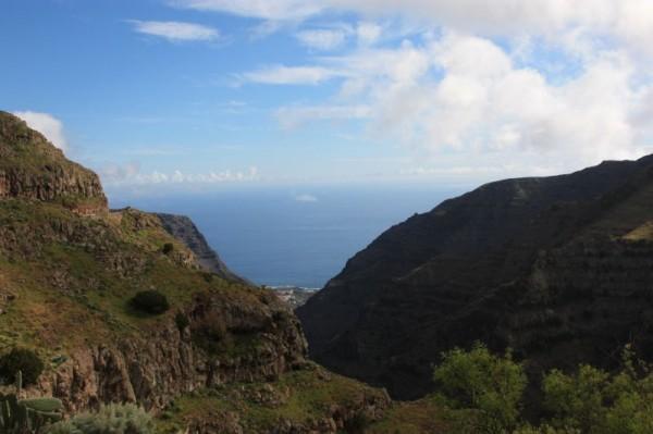 Uitzicht op onze overnachtingsplek, Valle Gran Rey, van bovenaf