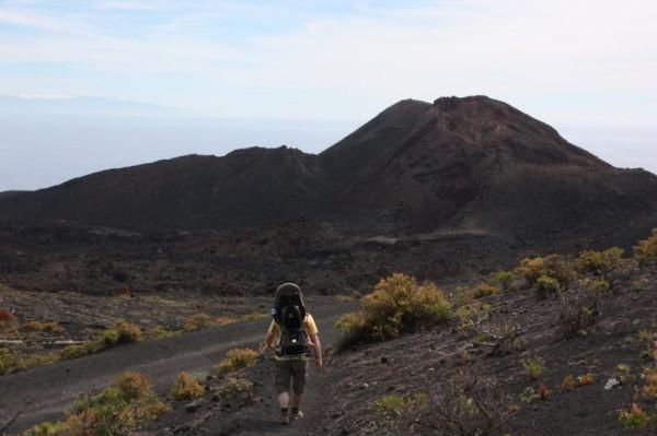 8-4 volcan de teneguia karik anika