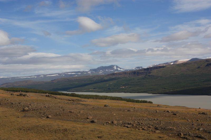 25-8 landschap hengifoss