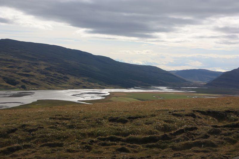 25-8 landschap hengifoss2